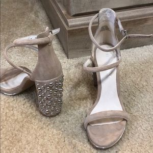Kenneth Cole suede nude heels size 6.5